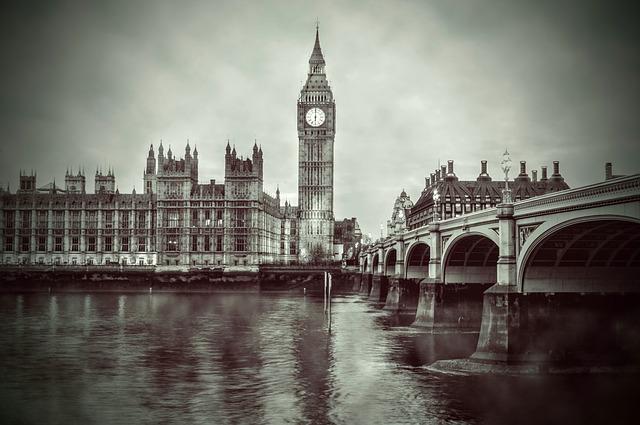 イギリス旅行のオリジナル海外オーダーメイドツアーは新婚旅行・ハネムーン計画の費用・予算をグラージュはお値打ちお見積もりします
