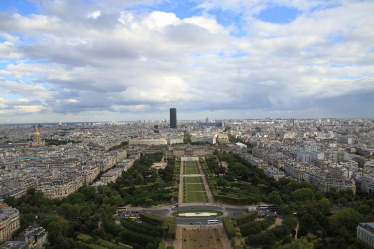 エッフェル塔|フランス|パリ行き方・費用・予算・計画の立て方
