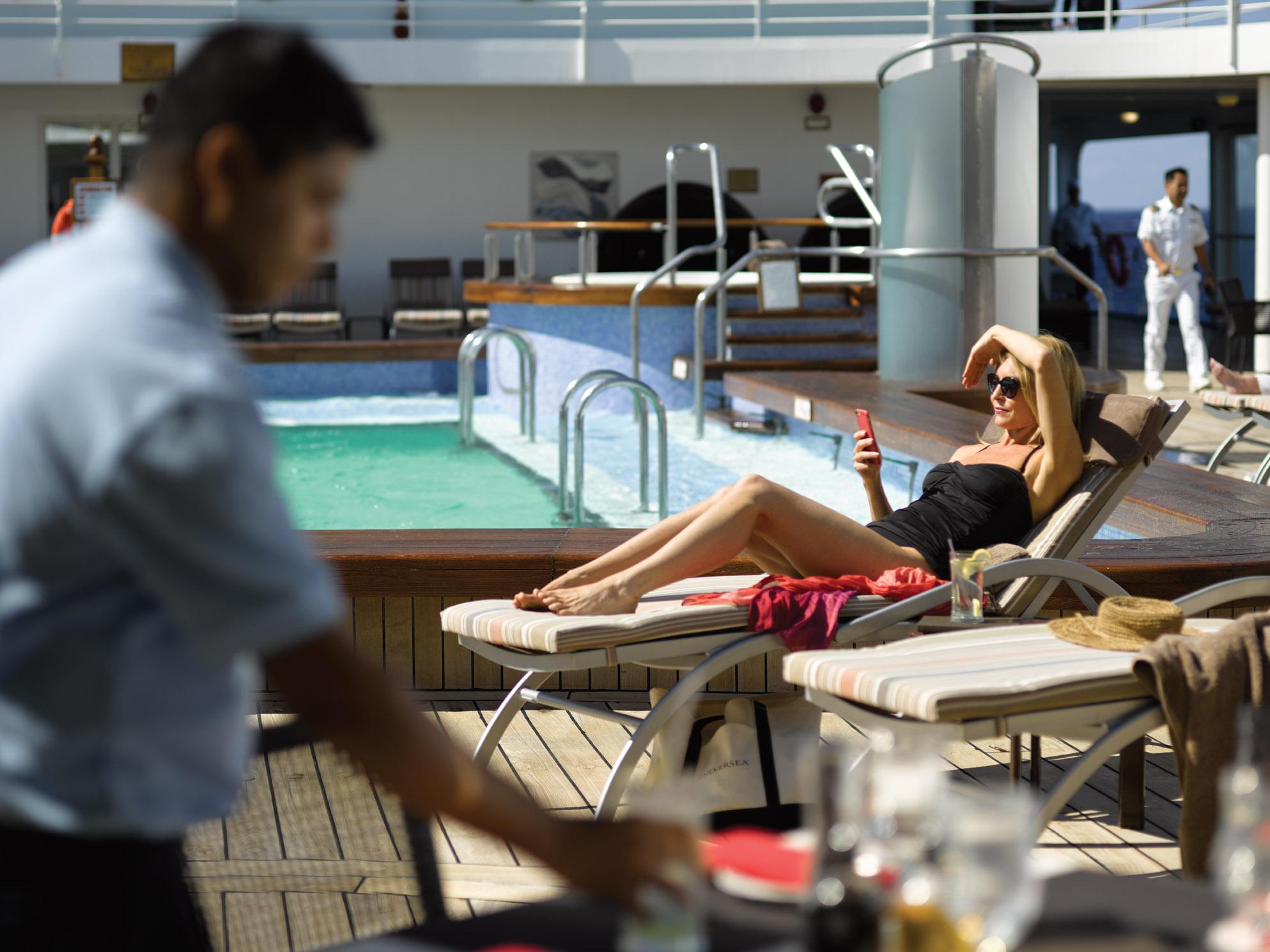 シルバーシー・クルーズがなんと最大20%引きで乗船のチャンスです!名古屋クルーズ・船旅専門旅行会社グラージュ