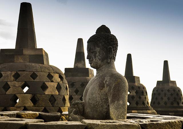 インドネシア旅行のオリジナル海外オーダーメイドツアーは新婚旅行・ハネムーン計画の費用・予算をグラージュはお値打ちお見積もりします