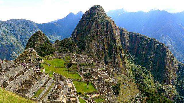 ペルー旅行のオリジナル海外オーダーメイドツアーは新婚旅行・ハネムーン計画の費用・予算をグラージュはお値打ちお見積もりします
