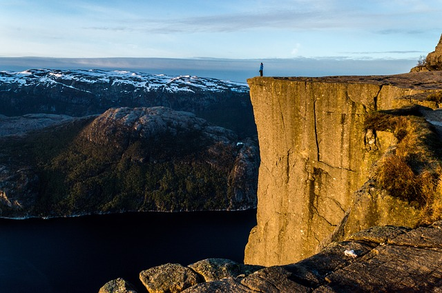 ノルウェー旅行ムーミン谷のオリジナル海外オーダーメイドツアーは新婚旅行・ハネムーン計画の費用・予算をグラージュはお値打ちお見積もりします
