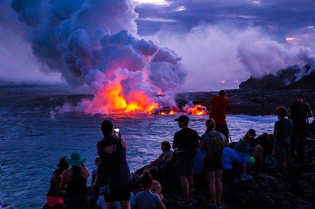 キラウエア火山ハワイ島新婚旅行、ハワイハネムーンの費用と予算のことなら名古屋グラージュが見積りします