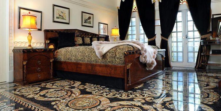 ザ ヴィラ カーサ カジュアリーナ マイアミで人気のラグジュアリーホテル ヴェルサーチ邸