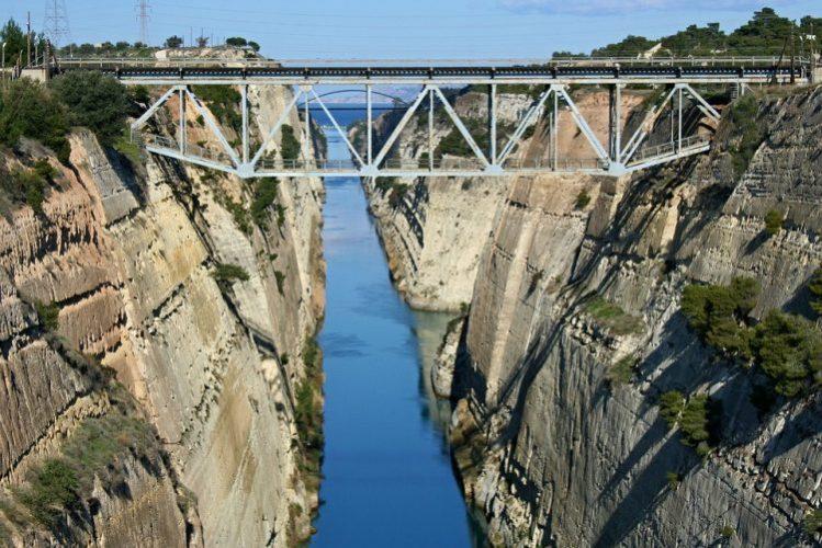 世界3大運河コリントス運河クルーズは名古屋のグラマラスヴォヤージュ(グラージュ株式会社)へ