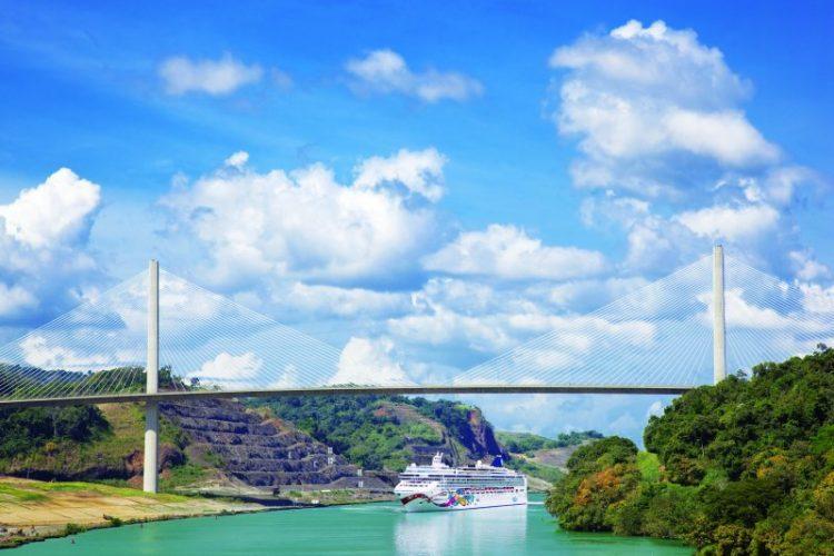 ノルウェージャンクルーズの日本語コーディネーター乗船クルーズの事ならグラマラスヴォヤージュ(グラージュ名古屋)へ