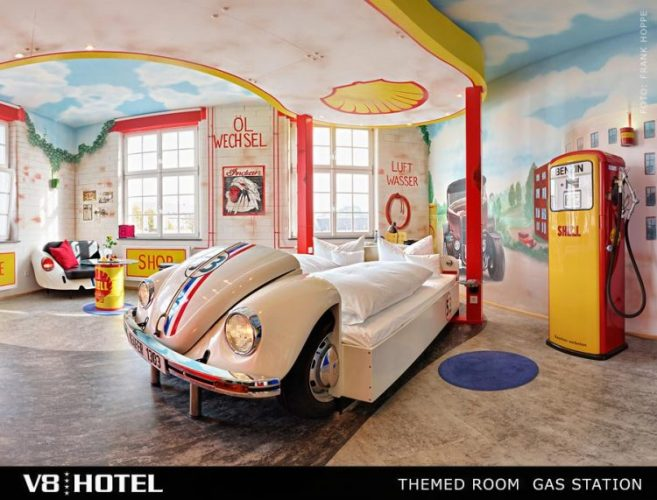 V8 HOTEL,シュトゥットガルト,ポルシェ博物館,ベンツ博物館