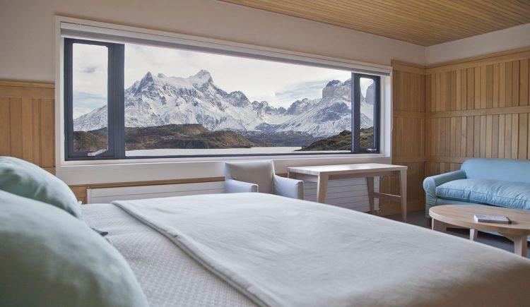選ばれ士6室のみの絶景ビューのスイートルームに泊まる。グラマラスヴォヤージュお勧め、地球の裏側の南米大陸の最南端にパタゴニアの広大な大地がある。フィッツ・ロイがシンボルマークのアウトドアメーカーあの「パタゴニア」運営する地球の最果てホテル「エクスプローラ・パタゴニア」Explora Patagoniaに泊まる旅、パタゴニア旅行の行き方,予算,費用は無料見積もりに自信の名古屋のオーダーメイド専門旅行会社グラージュへ