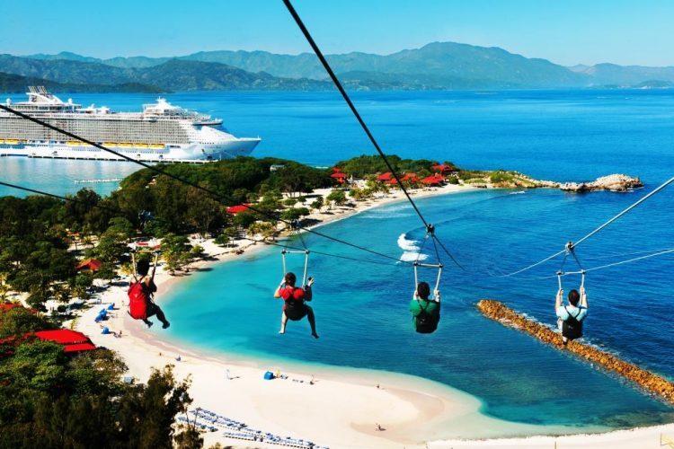 グラマラスヴォヤージュお勧め、ハーモニー・オブ・ザ・シーズで世界最長のカリブ海に浮かぶジップラインを体験する旅、クルーズ旅行、カリブ海旅行の行き方,予算,費用は無料見積もりに自信の名古屋のオーダーメイド専門旅行会社グラージュへ