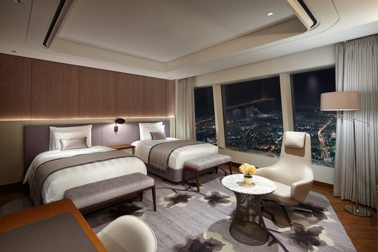グラマラスヴォヤージュお勧め、韓国ソウルのロッテワードタワーにある世界屈指の5ツ星高層ホテルシグニエル・ソウル(Signiel Seoul)の高層階でゆったり泊まる旅、ソウル旅行の行き方,予算,費用は無料見積もりに自信の名古屋のオーダーメイド専門旅行会社グラージュへ