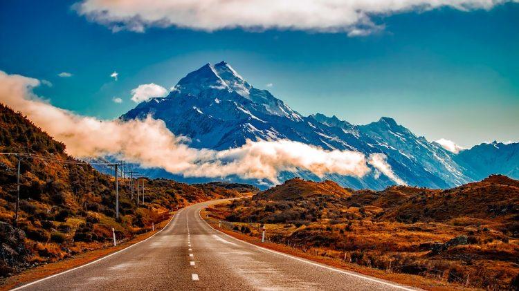 グラマラスヴォヤージュお勧め、ニュージーランドはバス旅行が便利でお得!インターシティ社のフレキシーパスで廻るニュージーランドバス旅行、ニュージーランド旅行、ニュージーランドバス旅行InterCity,Great Sights,Grey Line,Kiwi Experience,Naked Bus,ニュージーランド,バス旅の行き方,予算,費用は無料見積もりに自信の名古屋のオーダーメイド専門旅行会社グラージュへ