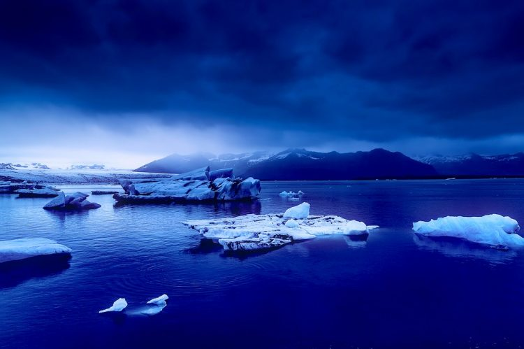 グラマラスヴォヤージュお勧め、世界の絶景の島々 バフィン島 BAFFIN ISLANDへの旅行、バフィン島旅行、カナダア旅行,世界の島々の行き方,インスタ映え観光地、世界の市場へ旅の予算,費用は無料見積もりに自信の名古屋のオーダーメイド専門旅行会社グラージュへ