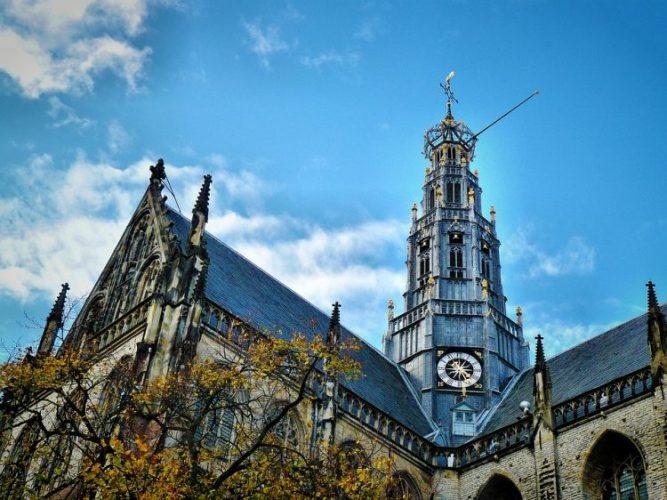 グラマラスヴォヤージュお勧め、オランダの随一の美しい古都ハーレム| Haarlem旅、ハーレム旅行、オランダ旅行の行き方,予算,費用は無料見積もりに自信の名古屋のオーダーメイド専門旅行会社グラージュへ