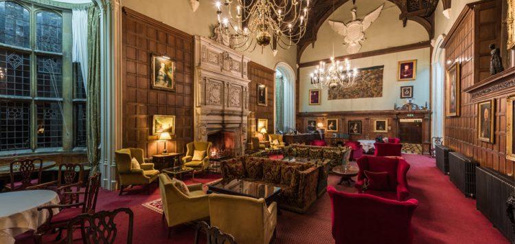 ラッシュトン・ホール・ホテル&スパ Rushton Hall Hotel and Spa 歴史的サロンエリア