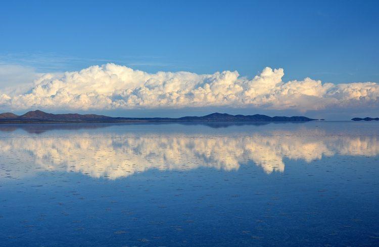 快晴のウユニ塩湖,鏡の湖