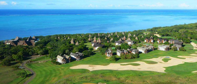 ニューカレドニアでおすすめのホテル。シェラトン・ニューカレドニア・デヴァ・スパ&ゴルフ リゾートは時期として9月~11月がベストシーズンです