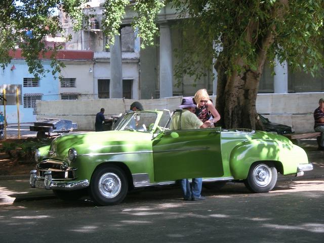 クラシックカーの宝庫のキューバ