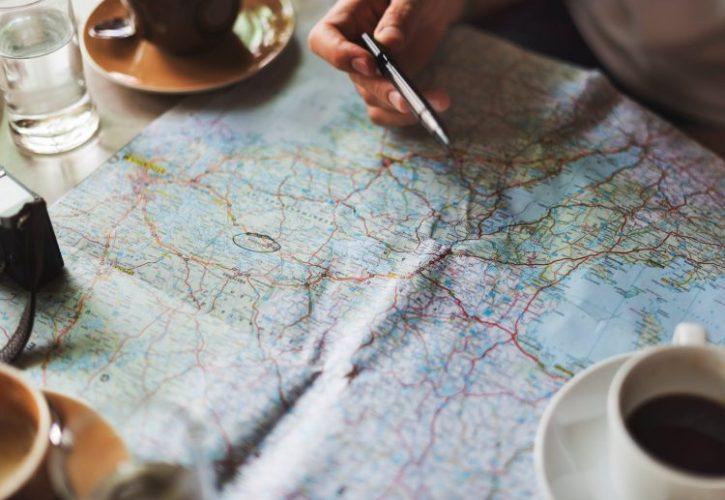 観光地図から探すおすすめ都市や街の情報