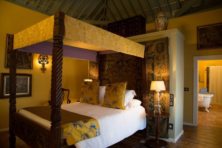 ホテル・ハシエンダ・デ・アバホ|Hotel Hacienda De Abajo プレミアム寝室