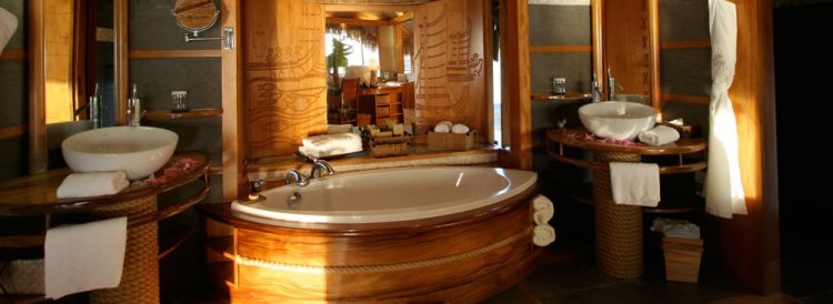水上ヴィラの浴室