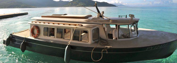 タハア島からル タハア アイランド リゾート&スパへの専用ボート