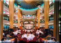 クルーズ船の醍醐味は世界中の美味しい豪華なお食事と彩とりどりのデザート